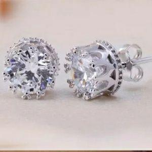 🍁4/$25🍁New Crystal Crown Earrings